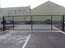 Twin wire gates